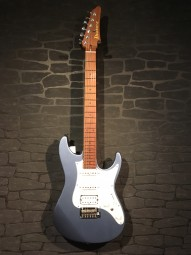 Ibanez AZ2204 Ice Blue Metallic w/c