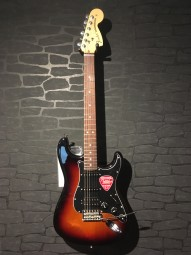 Fender Am.Spec. HSS Strat, 3TSB, RN