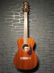 Guild M-120 Concert, Natural, Softcase