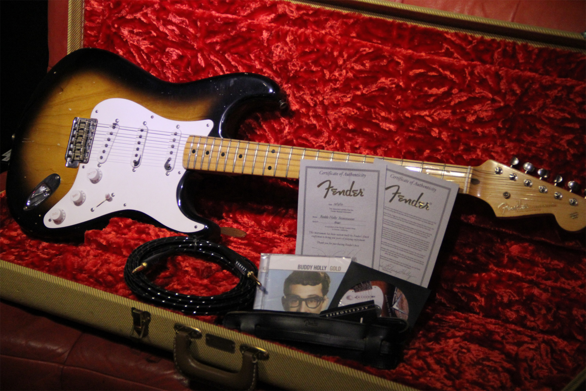 「fender stratocaster buddy holly」の画像検索結果