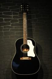Gibson J-45 ADL black, Custom Shop, ohc