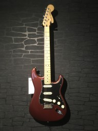 Fender DLX Roadhouse Strat